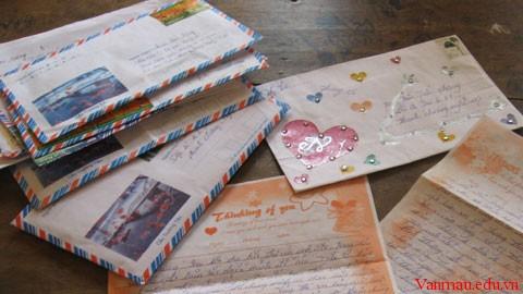 Viết thư cho bạn góp ý về việc học văn