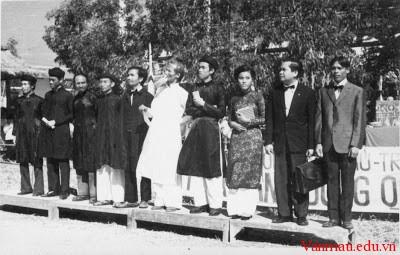 dongkinhnghiathuc - Cảm nhận về bài thơ Xuất dương lưu biệt của Phan Bội Châu