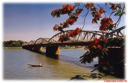 thua22223 - Giới thiệu về Thừa Thiên Huế