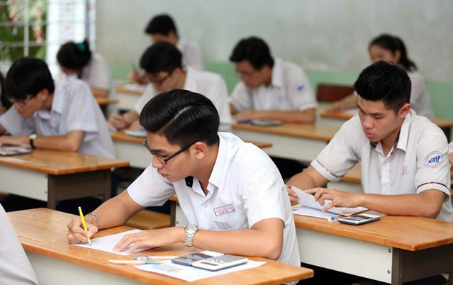 tim gia su van 1 - Tìm gia sư Văn lớp 12 tại Hà Nội