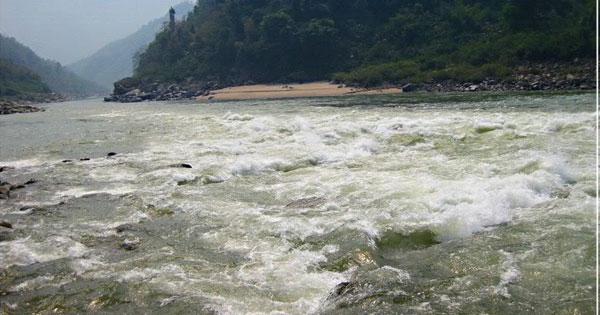 phan tich hinh tuong song da - Phân tích hình tượng sông Đà trong Người lái đò sông Đà (Có dàn ý chi tiết)