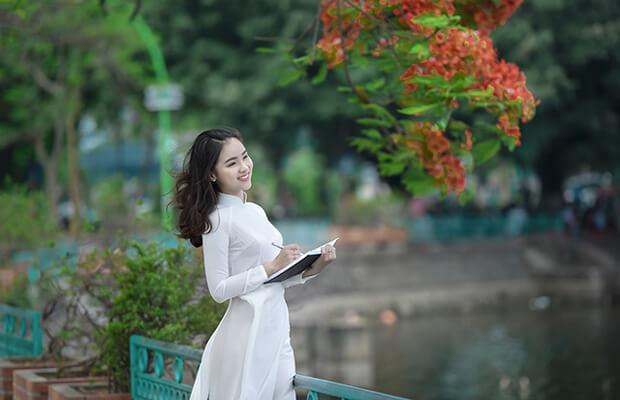 """7140 1494911290048 1014 - Thiên nhiên trong bài thơ """"Tràng giang"""" của Huy Cận"""